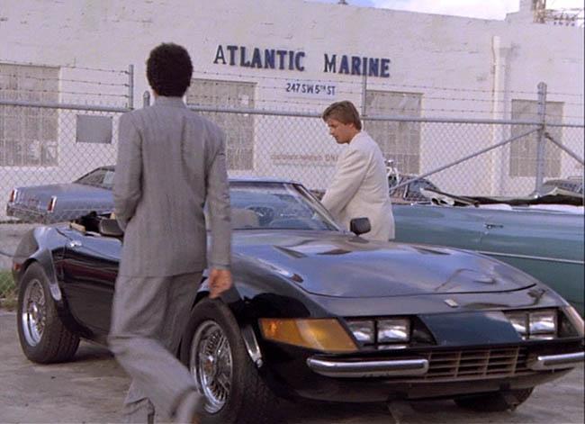 La Ferrari Testarossa de Sonny Crockett vendre Spotern