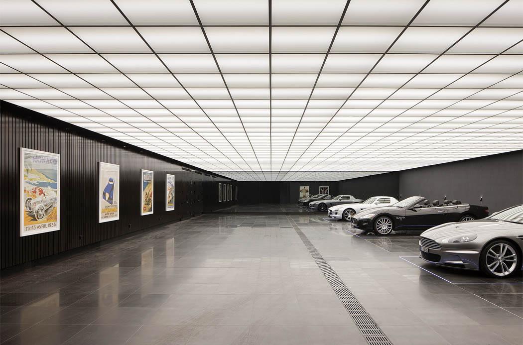 Se construire le garage du dark knight spotern - Collection garage moderne ...