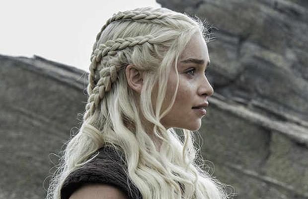 Connue pour ses intrigues, ses costumes, ses dragons et même ses bijoux,  Game of Thrones ne cesse de faire sensation, tant la série de HBO donne du  sens aux